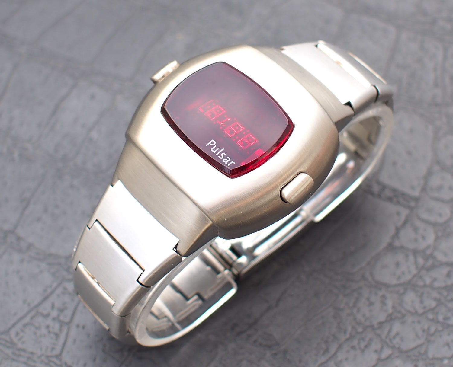 Stainless Steel Vintage Pulsar P3 Led Watch Time Computer